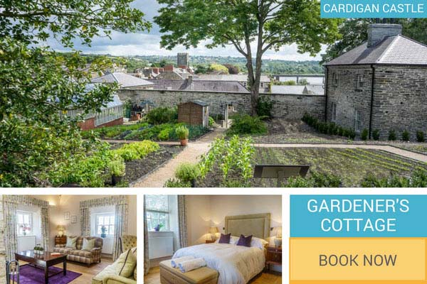 Self catering holiday cottage at Cardigan Castle - Gardener;'s Cottage