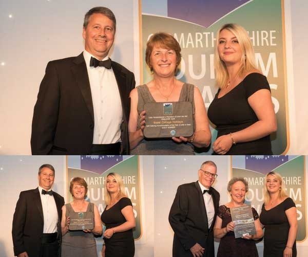 West Wales Holiday Cottages present award at Carmarthenshire Tourism Association Awards evening 2018