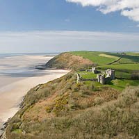 Photo of Llansteffan Castle