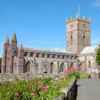 Photo of St Davids Cathedral.