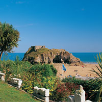 Photo of Tenby Castle Beach.